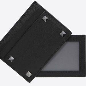 🆕 Valentino wallet ID sleeve rockstud unisex Gift